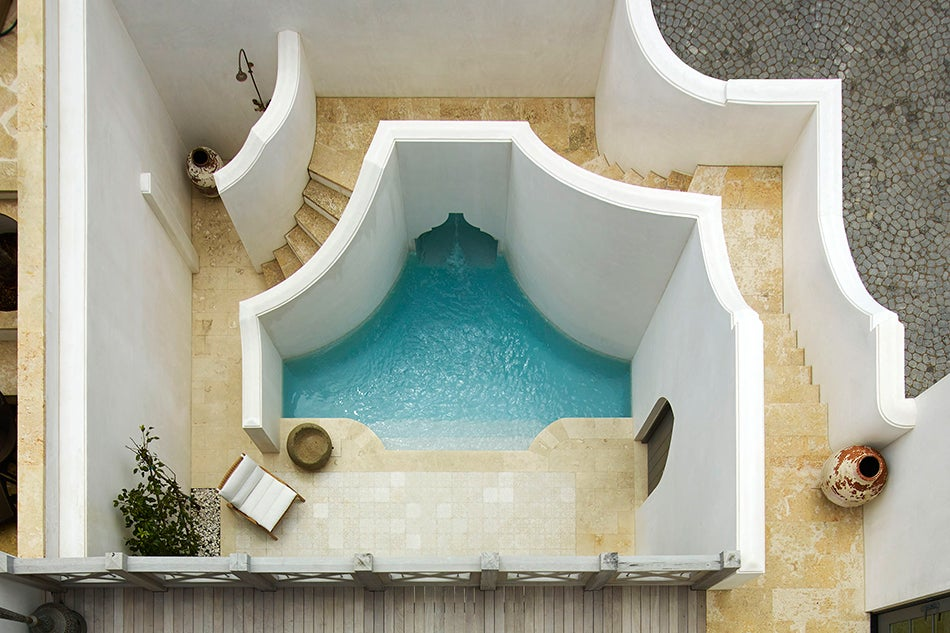 Pool and terrace of house in Alys Beach Florida by Texas architect Michael Imber