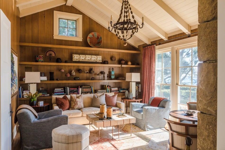 Chicago designer Tom Stringer Santa Barbara home library