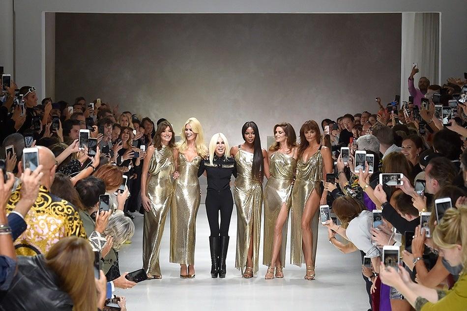 Carla Bruni, Claudia Schiffer, Naomi Campbell, Cindy Crawford, Helena Christensen and Donatella Versace at Milan Fashion Week 2017