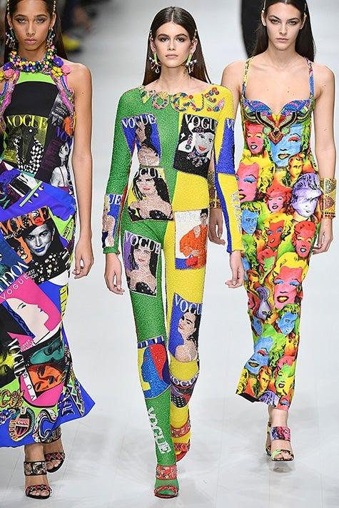 Kaia Gerber runway Versace Ready to Wear Spring/Summer 2018 Milan Fashion Week