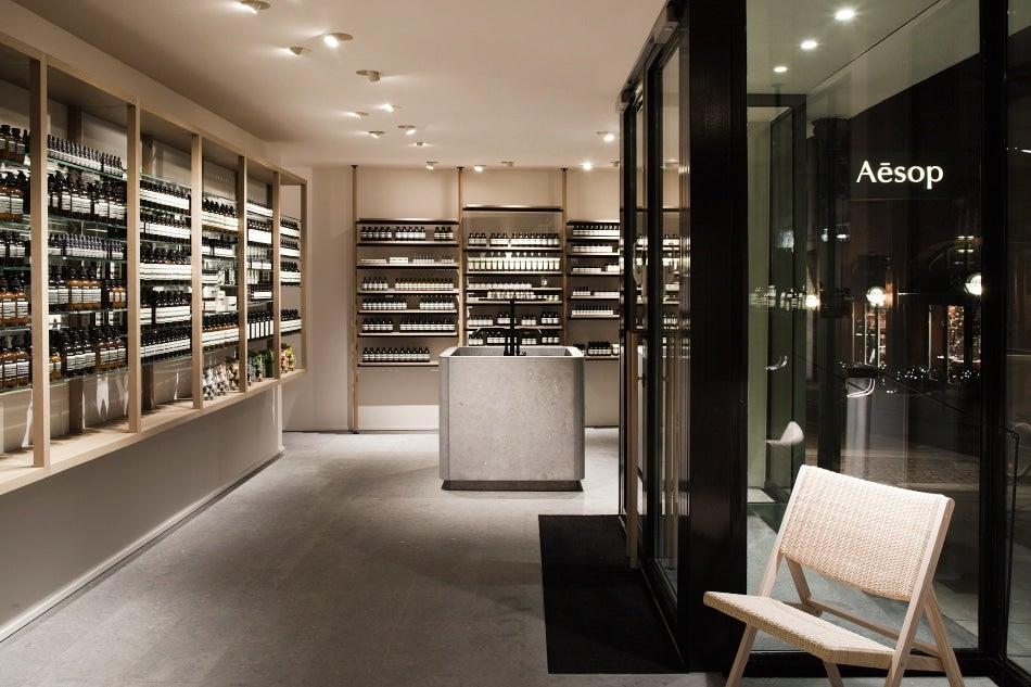 vincent van duysen imbues minimalism with warmth 1stdibs introspective. Black Bedroom Furniture Sets. Home Design Ideas