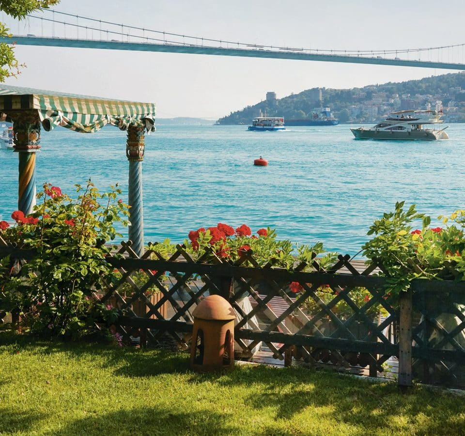 19 Dreamy Estates along Istanbul's Coveted Waterfront