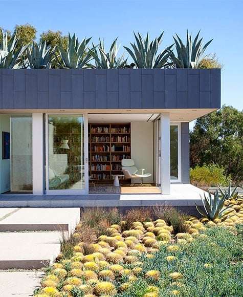 Beverly Hills home library by Marmol Radziner