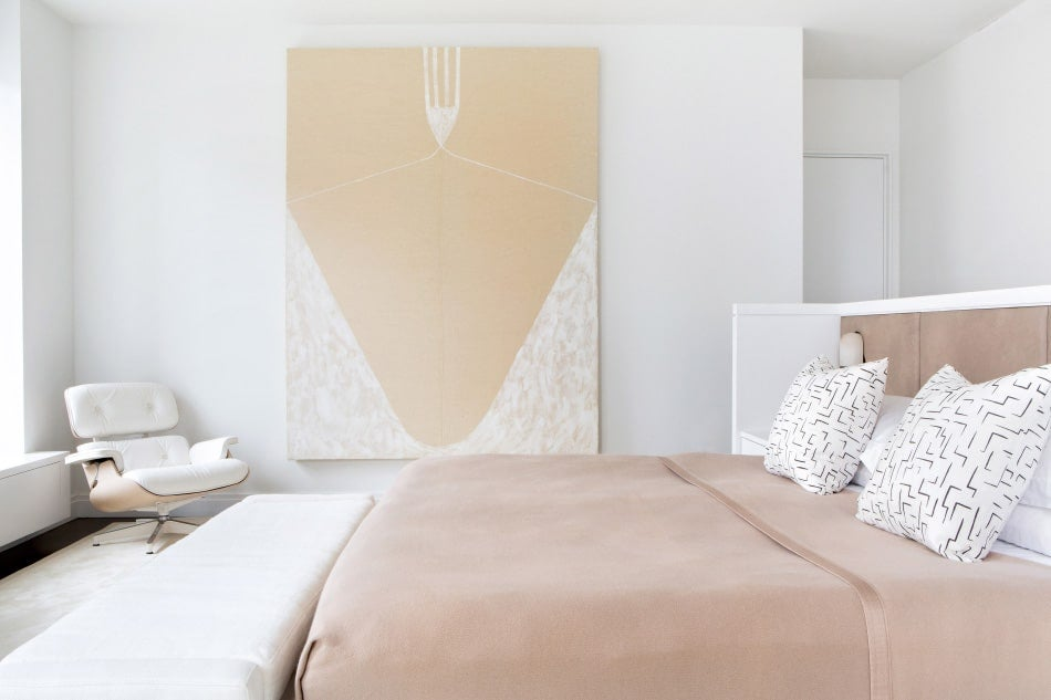 Tribeca master bedroom by Chango & Co.