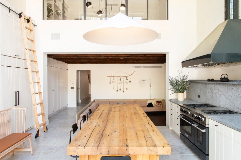 Elizabeth Roberts Splashes a Brooklyn Family Home with Sunlight