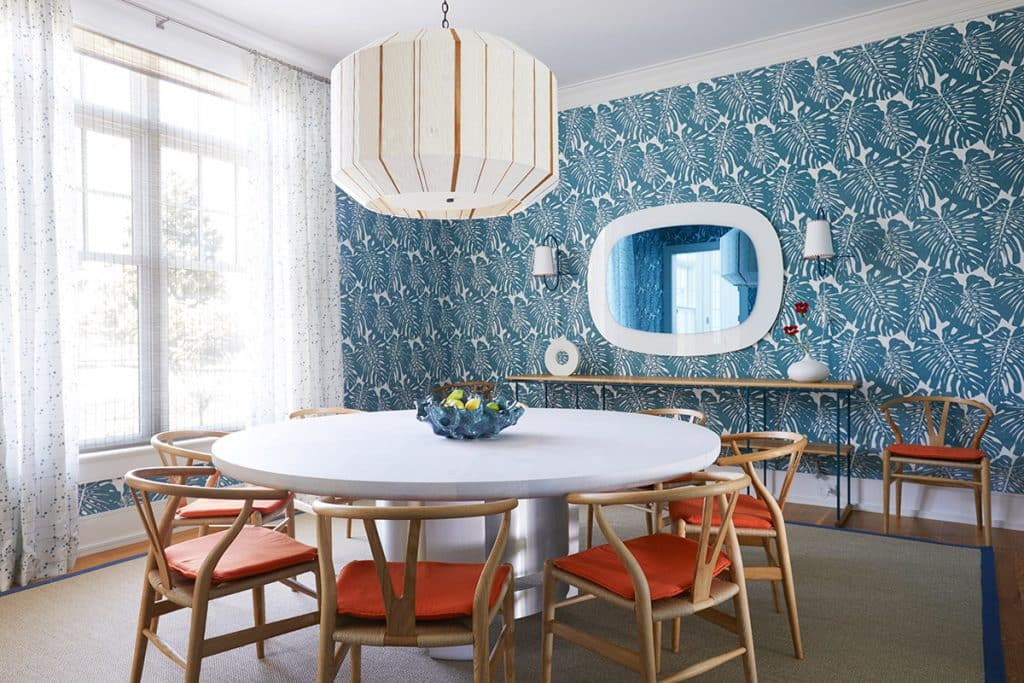 dining room by Pepe Lopez