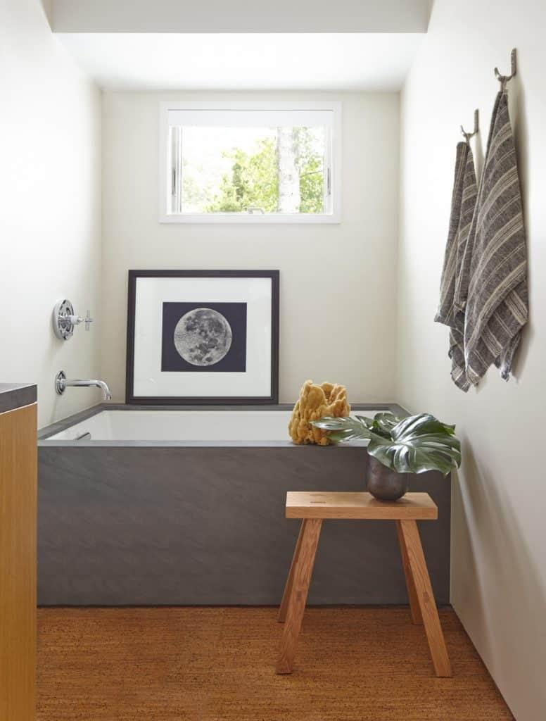 East Hampton bathroom by Russell Groves