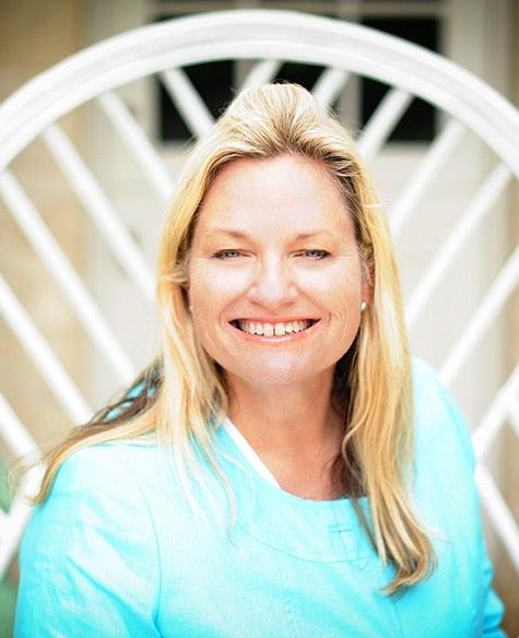 Amanda Lindroth Island Hopping Vendome Press portrait