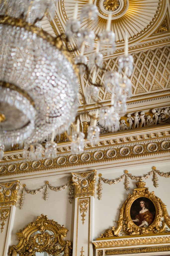 Peek Inside Buckingham Palace S Private And Unseen Rooms