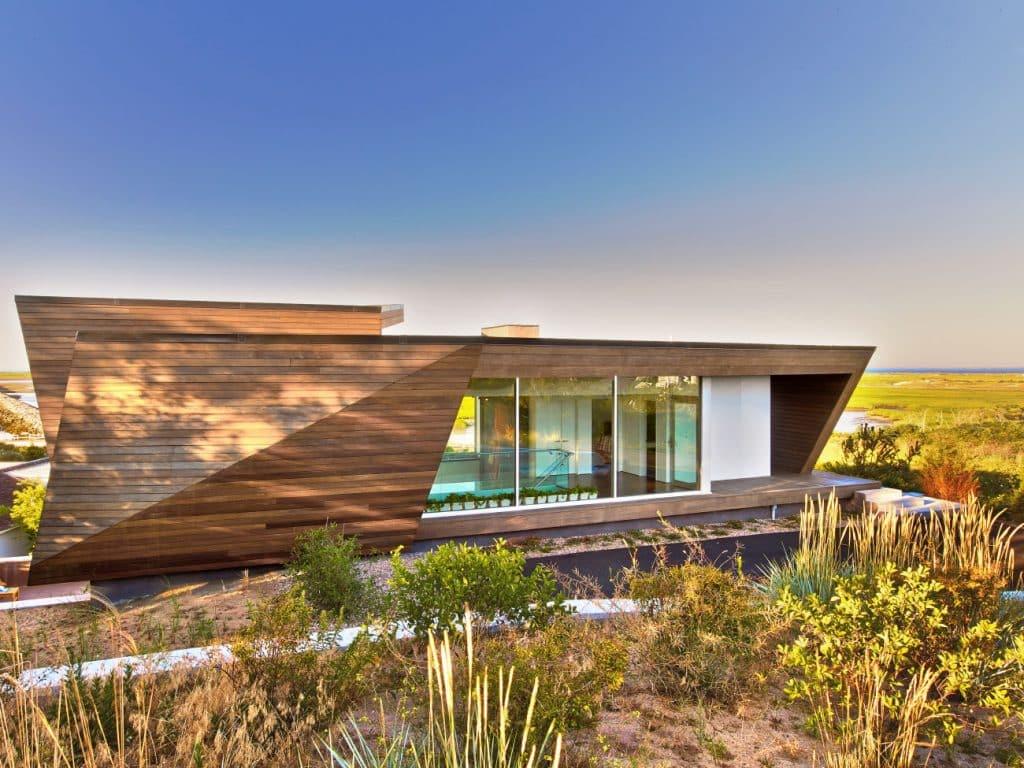 Hariri & Hariri Architecture Cape Cod beach house exterior