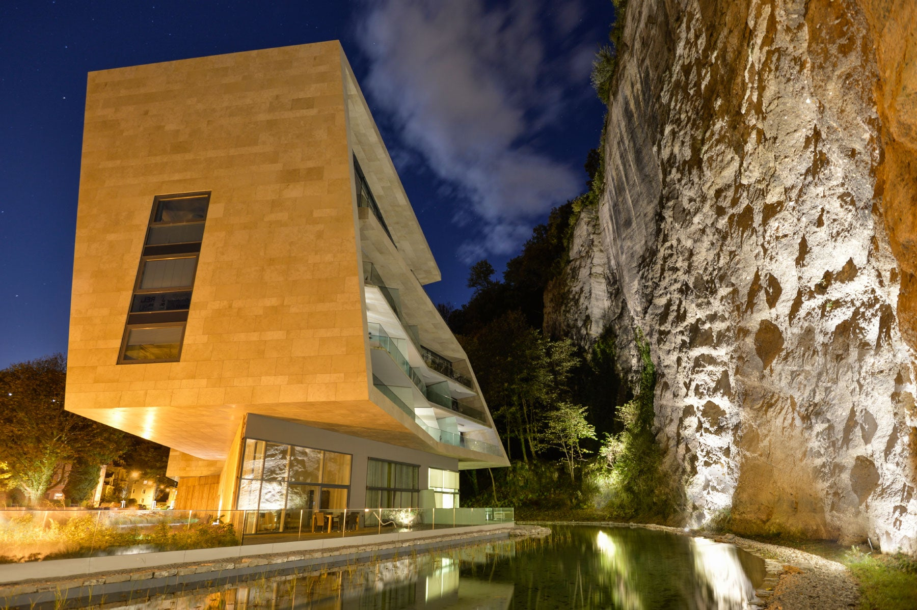 Hariri & Hariri Architecture Salzburg Austria luxury residential development