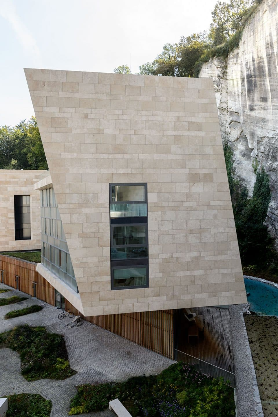 The Hariri Sisters Put a Persian Spin on Architecture and Design