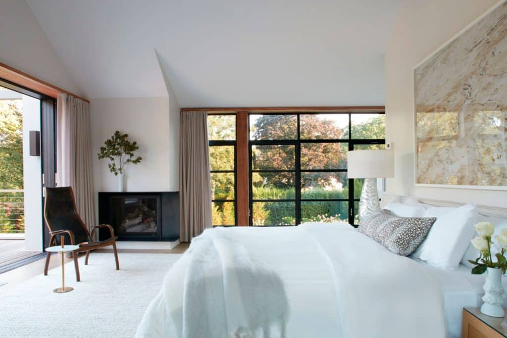 FormArch New York architecture and design firm Amagansett House Long Island Hamptons bedroom