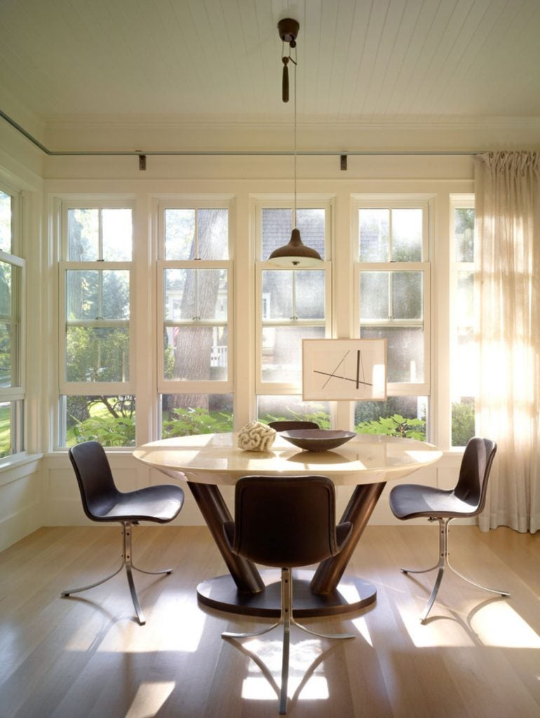 FormArch New York architecture and design firm Sag Harbor House Long Island Hamptons dining nook table
