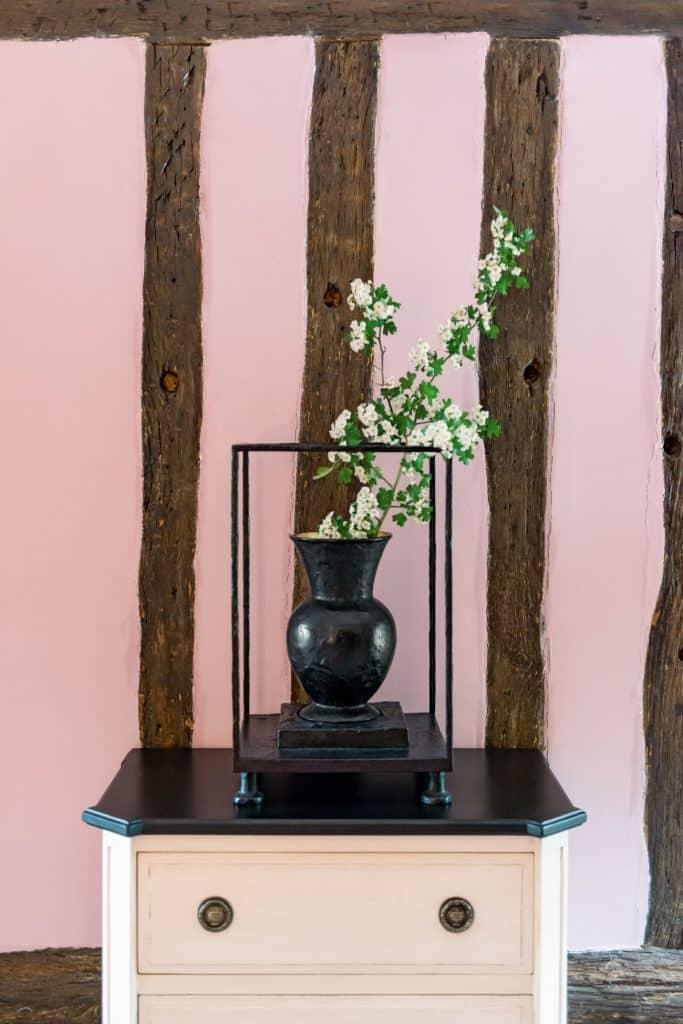 Hubert Le Gall's Vitrine vase