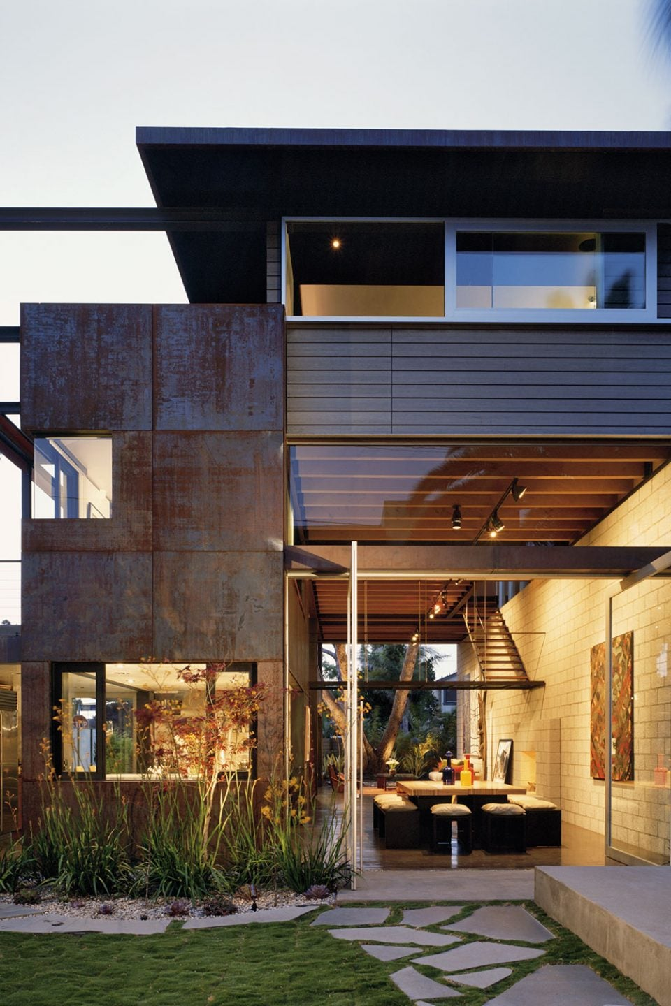 California Modernism Gets a Refreshing Update from EYRC Architects