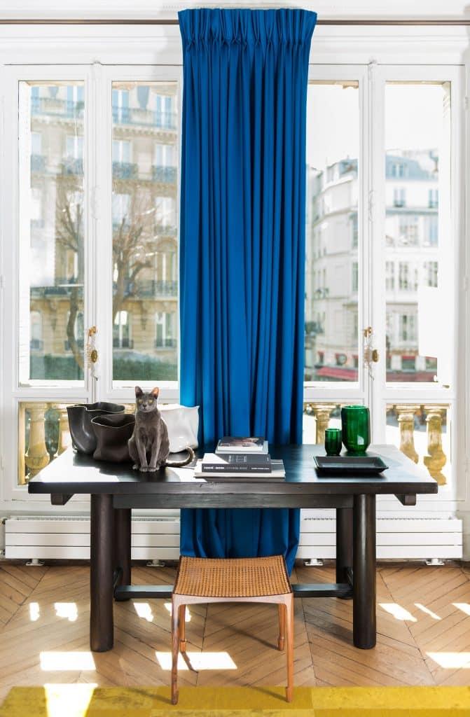 Luis Laplace Paris office