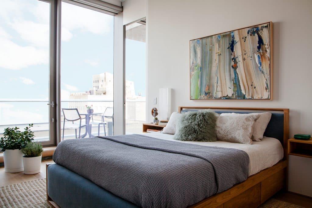 Manhattan bedroom by JDK Interiors