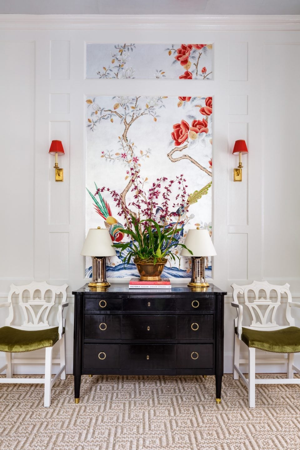 In This Year's Kips Bay Decorator Show House, Bold Colors Prevail