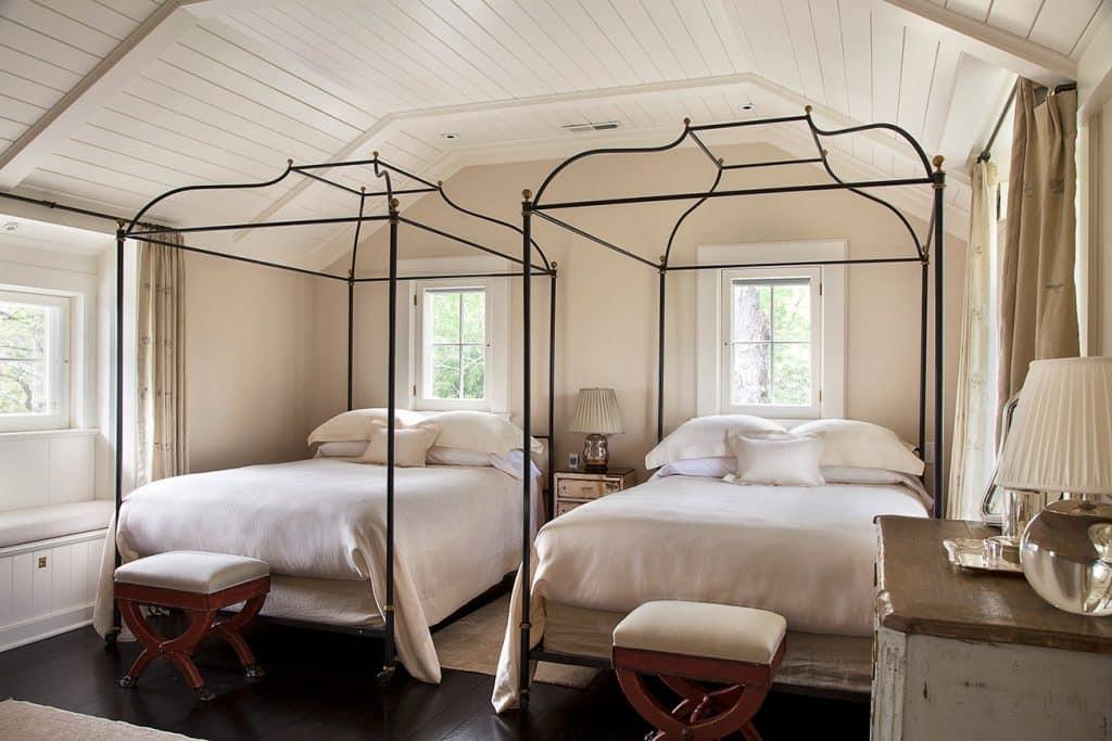Charlotte Barnes Interiors Federal-Style Bedroom