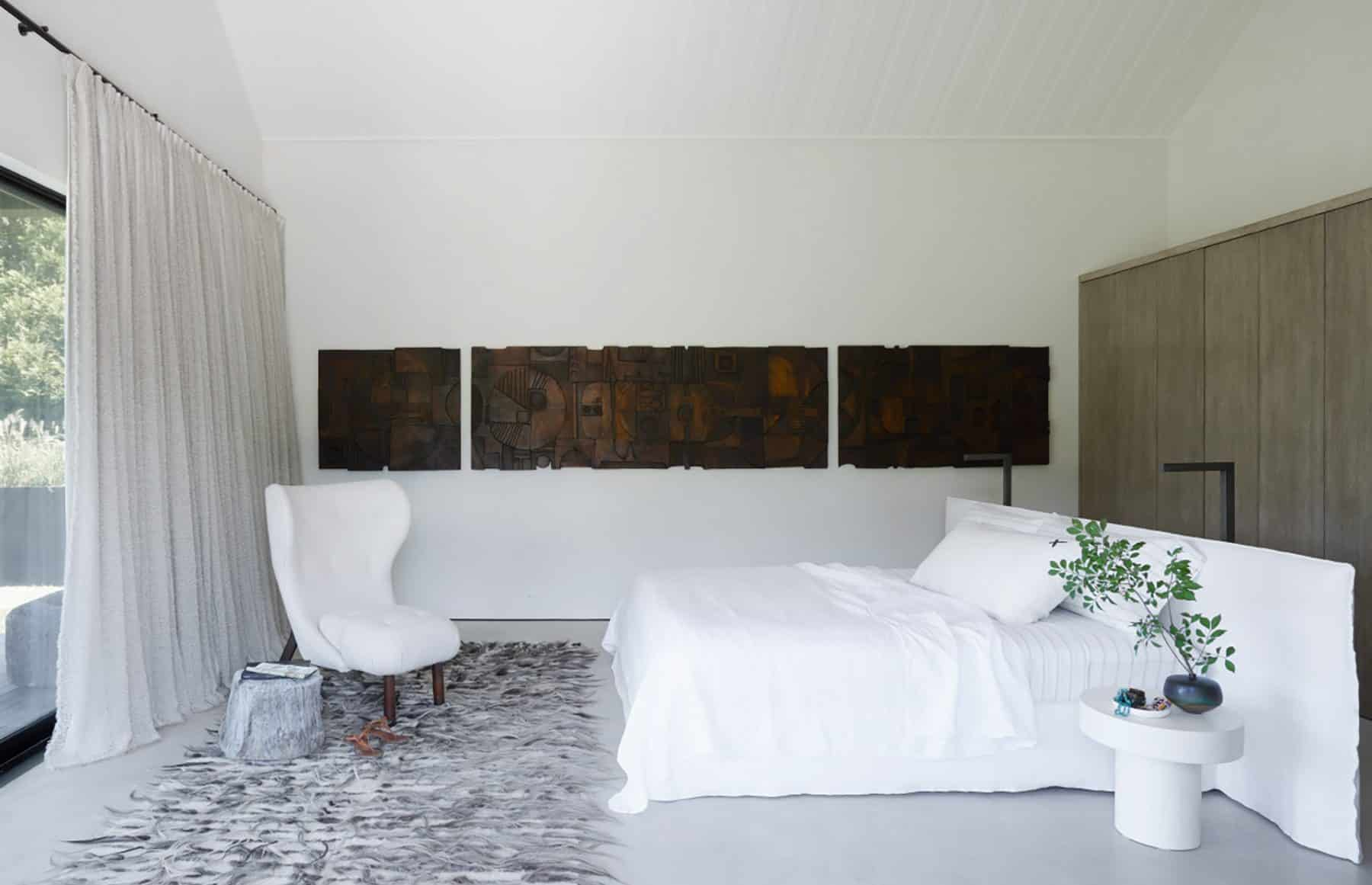 The master bedroom in Michael Del Piero's Amagansett, New York, home