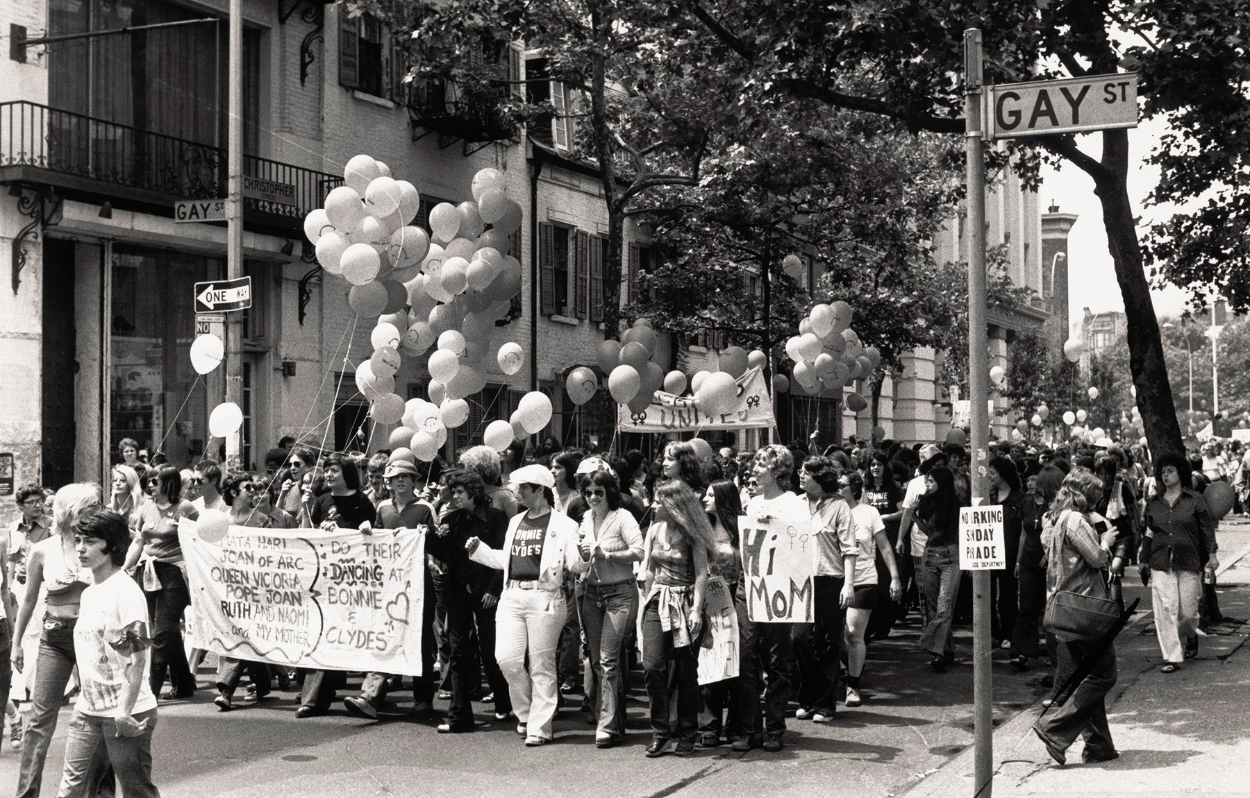 Fred McDarrah at at 1973 Pride March